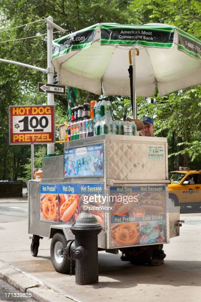 $1 Hot Dog & Pretzel Stand In NYC