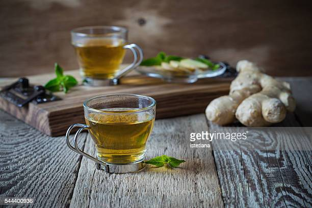 Hot ginger and mint tea, homemade green tea health benefits