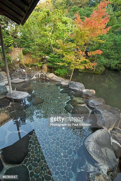 hot spring bath - 温泉 ストックフォトと画像