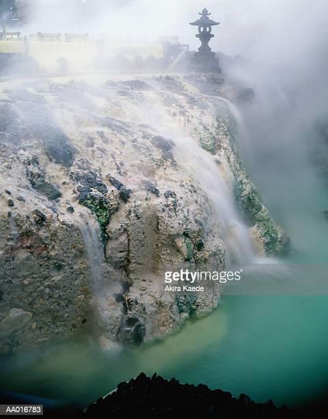 hot spring in kusatsu, japan - gunma - fotografias e filmes do acervo