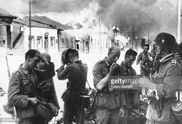 Hot Time For The Nazis A hot reception was waiting for the Nazis as they entered the town of Vitebsk, Russia, when they found nothing but blazing...