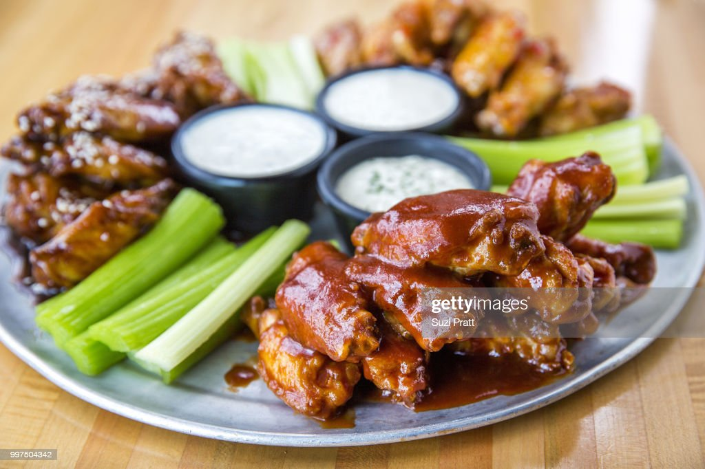 Hot Wings : Stock Photo