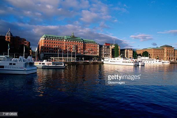hotel at the waterfront, grand hotel, stockholm, sweden - ストックホルム グランドホテル ストックフォトと画像