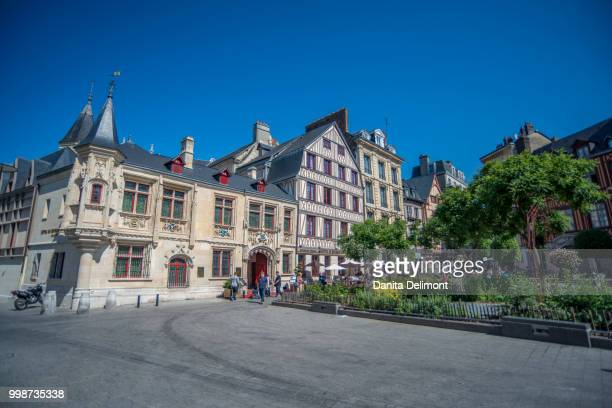 hotel de bourgtheroulde, rouen, normandy, france - rouen stock pictures, royalty-free photos & images