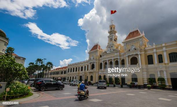 hotel de ville (city hall), completed 1908, now houses peoples committee, nguyen hue boulevard, downtown, ho chi minh city (formerly saigon), vietnam, indochina, southeast asia, asia - boulevard stock pictures, royalty-free photos & images