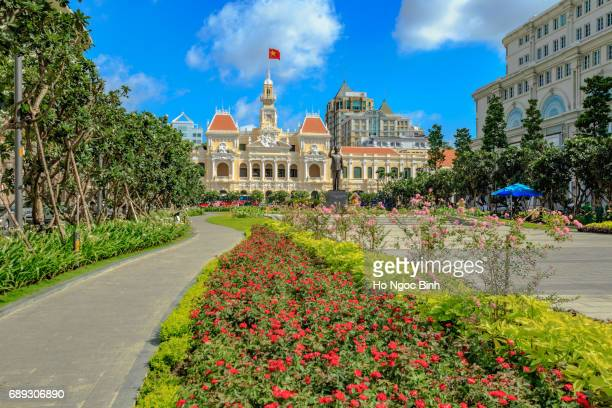 hotel de ville (city hall), completed 1908, now houses peoples committee, nguyen hue boulevard, downtown, ho chi minh city (formerly saigon), vietnam, indochina, southeast asia, asia - town hall government building stock pictures, royalty-free photos & images