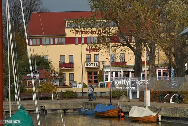 Hafen Wustrow Fotografas e imágenes de stock Getty