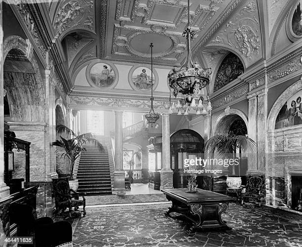 Hotel Great Central Great Central Street Westminster London 1899 Entrance to the Hotel Great Central opened in 1899 to serve Marylebone Station The...
