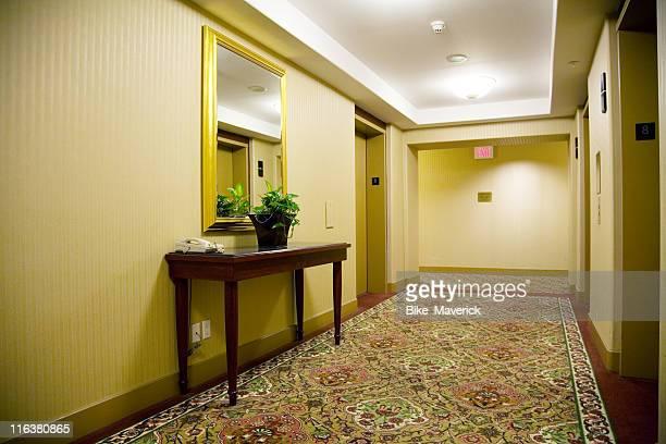 hotel hall - data privacy imagens e fotografias de stock