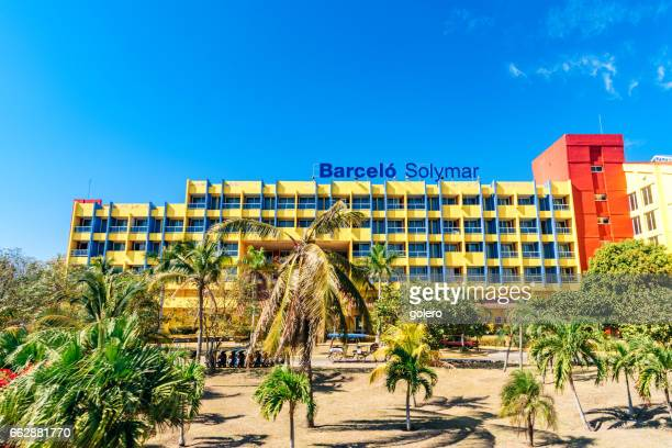 hotel in varadero cuba under blue sky - varadero beach stock pictures, royalty-free photos & images