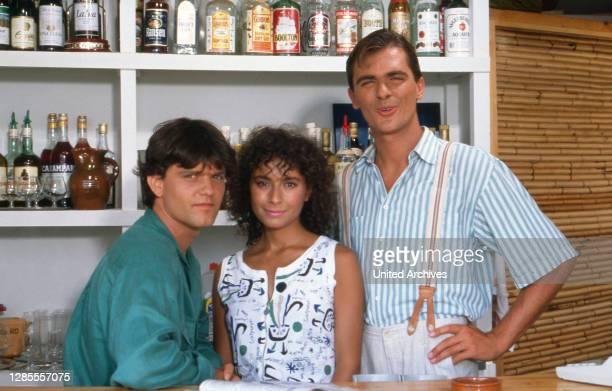 Hotel Paradies, Fernsehserie, Deutschland 1988 - 1990, Darsteller: Axel Malzacher, Maria Ketikidou, Patrick Winczewski.