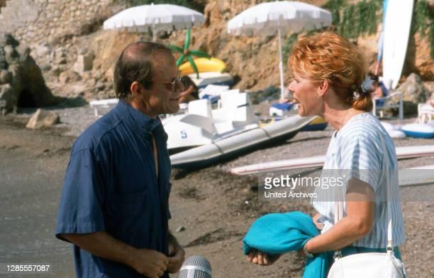 Hotel Paradies, Fernsehserie, Deutschland 1988 - 1990, Darsteller: Knut Hinz, Victoria Brams.