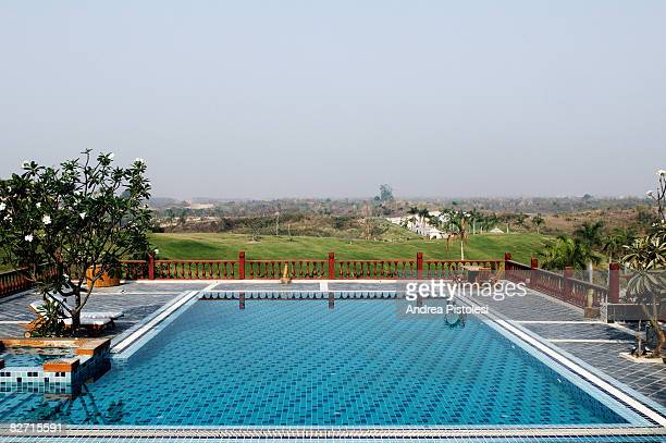 hotel pool in nay pyi taw, mya - naypyidaw stock pictures, royalty-free photos & images