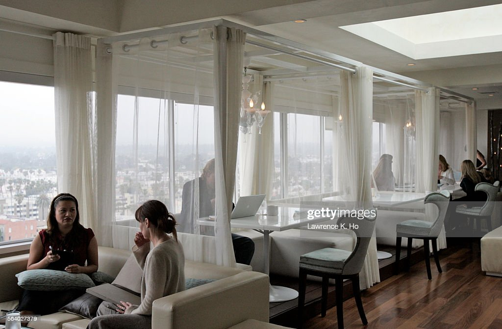 Hotel Review On Huntley Santa Monica. The Cabanas In The Penthouse  Restaurant Atop The Hotel