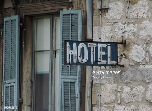 hotel sign, nice france - inn stock pictures, royalty-free photos & images