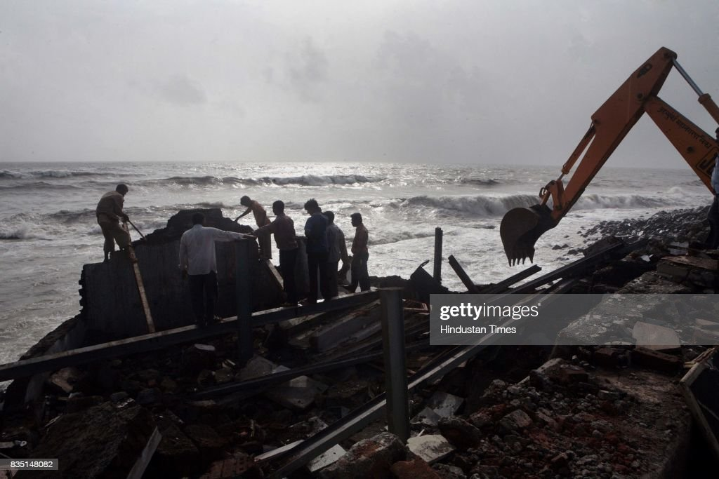 A hotel situated on the Worli seaface was demolished by the BMC on Wednesday as it was illegal. The cost of the Hotel was nearly six crore valuation.