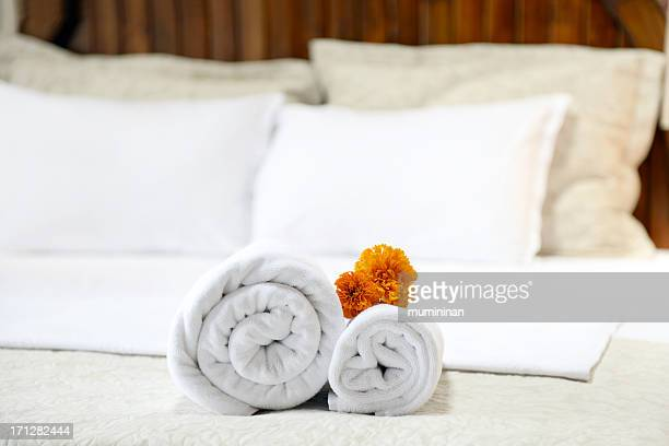 hotel towel - inn stock pictures, royalty-free photos & images