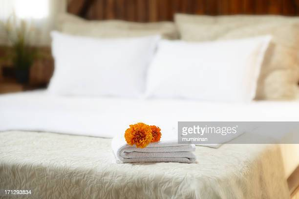 hotel towels - sheet bedding stock photos and pictures