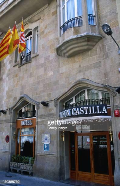 Hotelo Meson de Castillo.