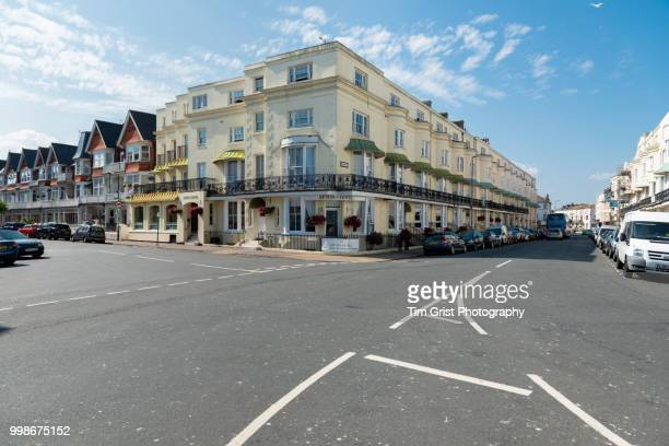 hotels at the junction of cavendish place and elms avenue, eastbourne - 交差点 ストックフォトと画像