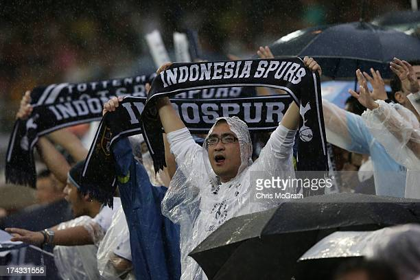 Hotspurs fan cheers during the Barclays Asia Trophy Semi Final match between Tottenham Hotspur and Sunderland at Hong Kong Stadium on July 24 2013 in...