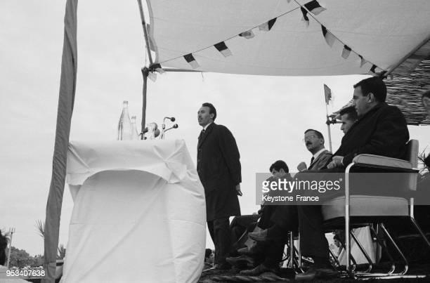 Houari Boumédiène prononçant un discours à Ouargla Algérie