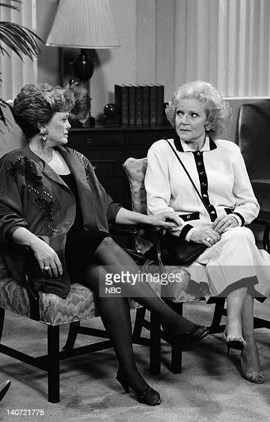 GIRLS 72 Hours Episode 19 Pictured Rue McClanahan as Blanche Devereaux Betty White as Rose Nylund Photo by Ron Tom/NBCU Photo Bank