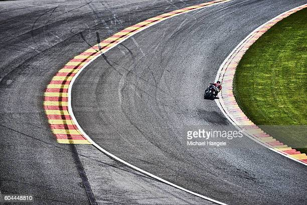 6 hours moto of spa-francorchamps - circuit de spa francorchamps stock pictures, royalty-free photos & images