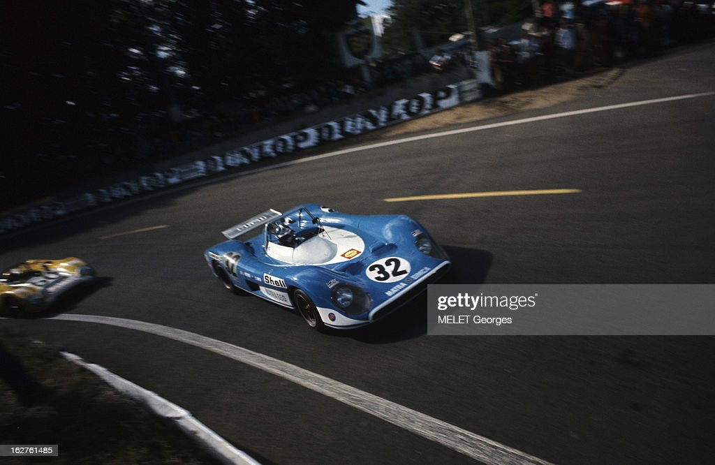 24 hours of le mans 1971 en france sur le circuit du mans pendant news photo getty images. Black Bedroom Furniture Sets. Home Design Ideas