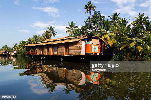 house boat in backwaters - kerala stock pictures, royalty-free photos & images
