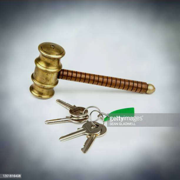 house keys and gavel - bid stock pictures, royalty-free photos & images