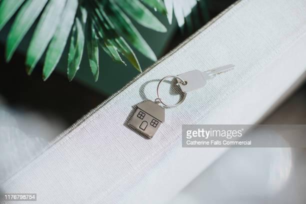 house keys - 家の鍵 ストックフォトと画像