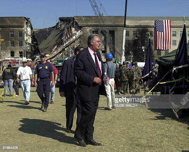 House Majority Leader Dick Armey of Texas takes part in a Congressional tour of clean up and rescue efforts at the Pentagon 13 September 2001 in...