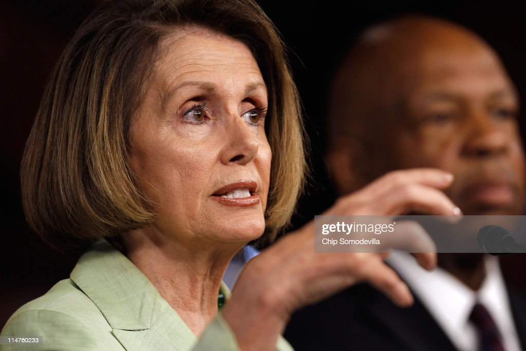 Nancy Pelosi Discusses Energy Policy At Weekly Press Briefing : News Photo