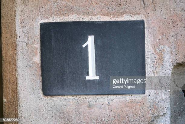 House number sign '1'