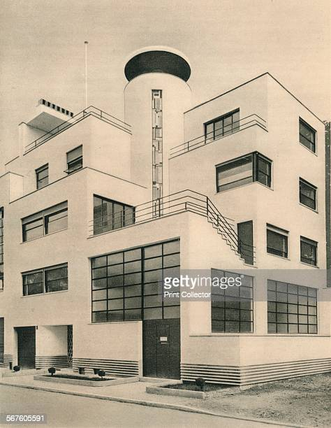 House of M M Joel and Jan Martel scupltors Rue MalletStevens Auteuil' c1927 Villa des Frères Martel by Robert MalletStevens From The Studio Volume 94...