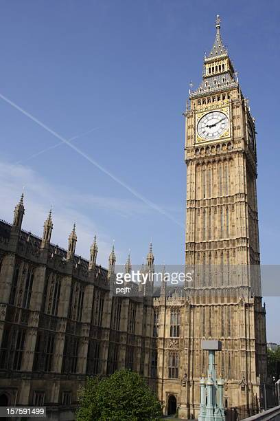 house of parliament and big ben in london, england - pejft stock pictures, royalty-free photos & images
