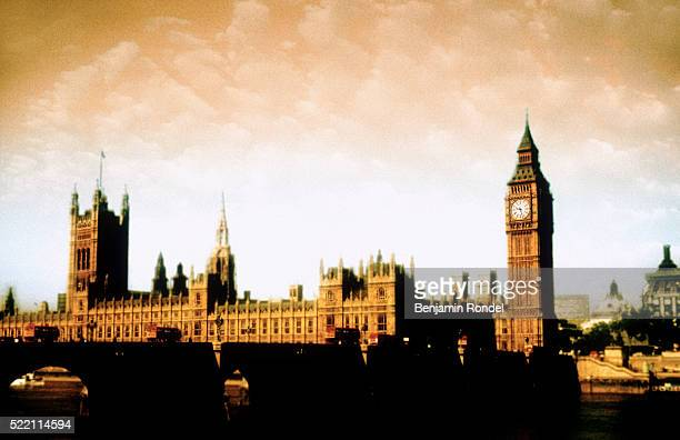 house of parliament, london, england - victoria tower stock pictures, royalty-free photos & images