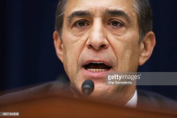 House Oversight and Government Reform Committee Chairman Darrell Issa questions Massachusetts Institute of Technology Economics professor Jonathan...