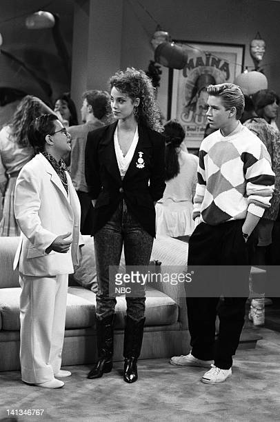 "House Party"" Episode 5 -- Air Date -- Pictured: Jeffrey Asch as Maxwell Nerdstrom, Elizabeth Berkley as Jessie Spano, Mark-Paul Gosselaar as Zack..."