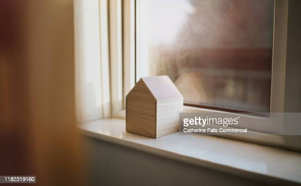 house - mortgage loan stock pictures, royalty-free photos & images