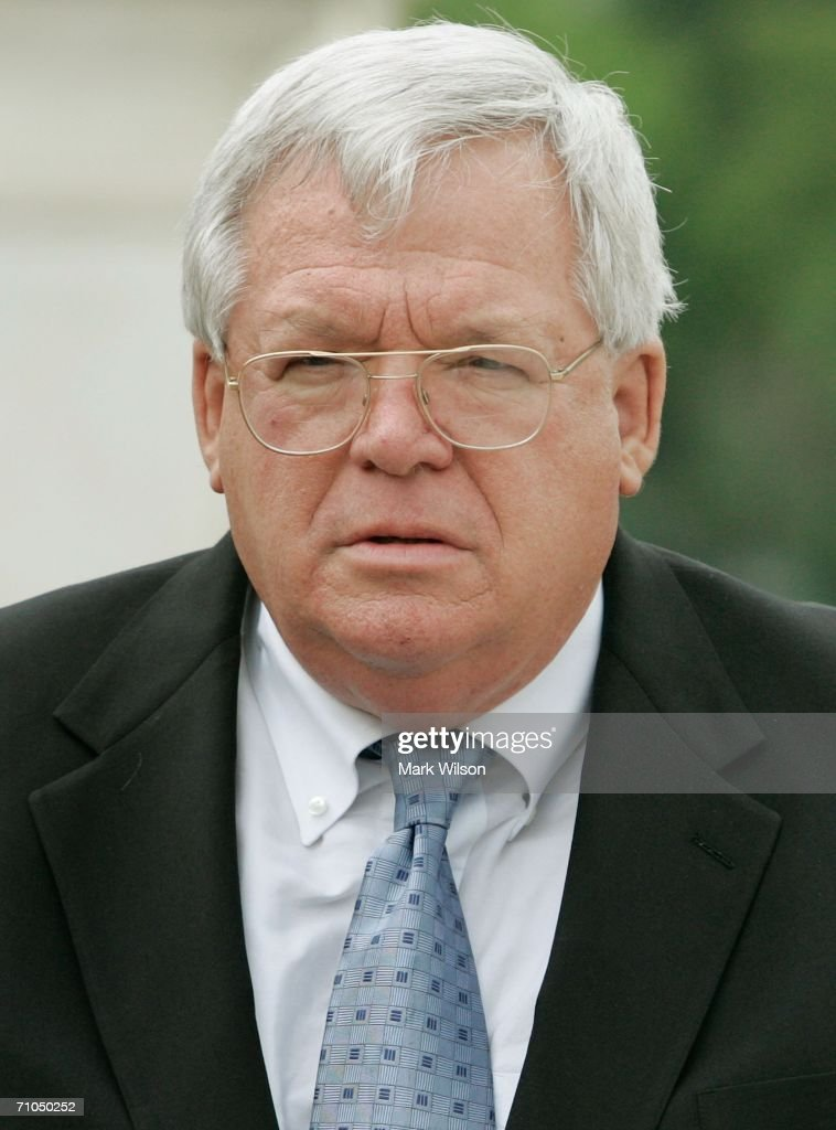 Hastert Leads Memorial Day Rally With House Republicans
