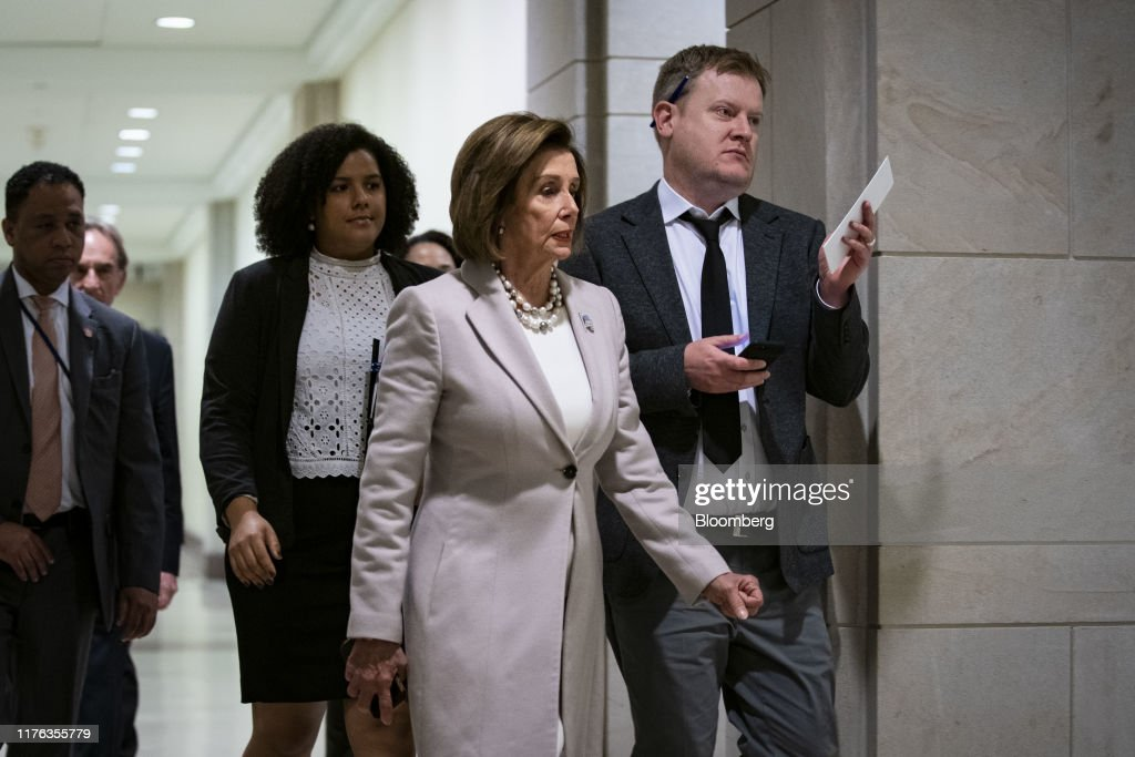 House Speaker Pelosi Holds Weekly News Conference : News Photo