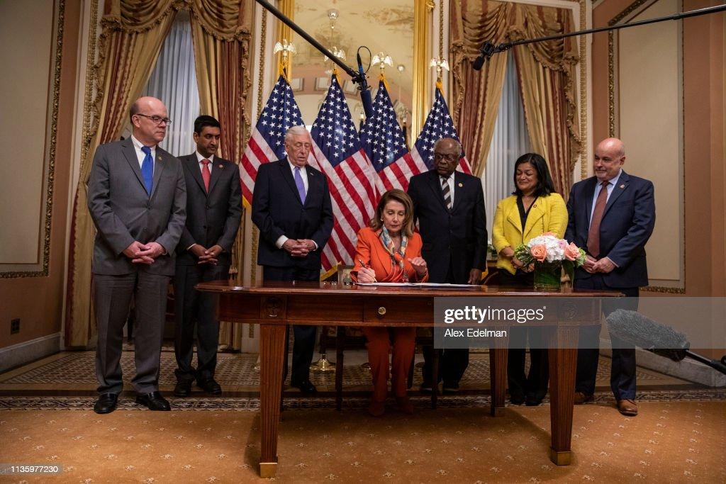 Speaker Nancy Pelosi Holds A Bill Enrollment Photo Opportunity For Yemen War Powers Resolution : News Photo