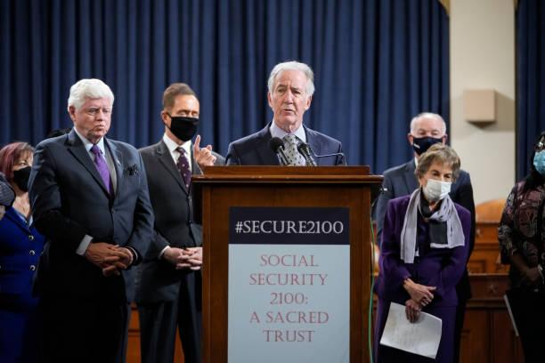 DC: House Democrats Discuss Strengthening Social Security