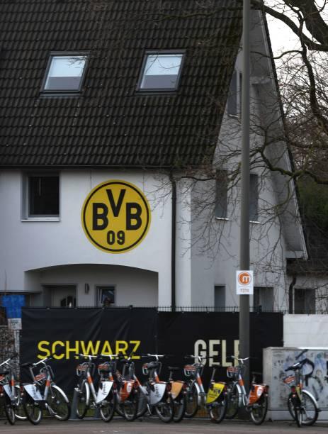 DEU: Borussia Dortmund v Paris Saint-Germain - UEFA Champions League Round of 16: First Leg