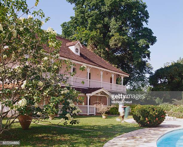 House with Double Porch and Swimming Pool