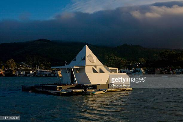 A houseboat is anchored outside the Sausalito Marina on June 11 2011 in Sausalito California The San Francisco Bay is home to thousands of sailing...