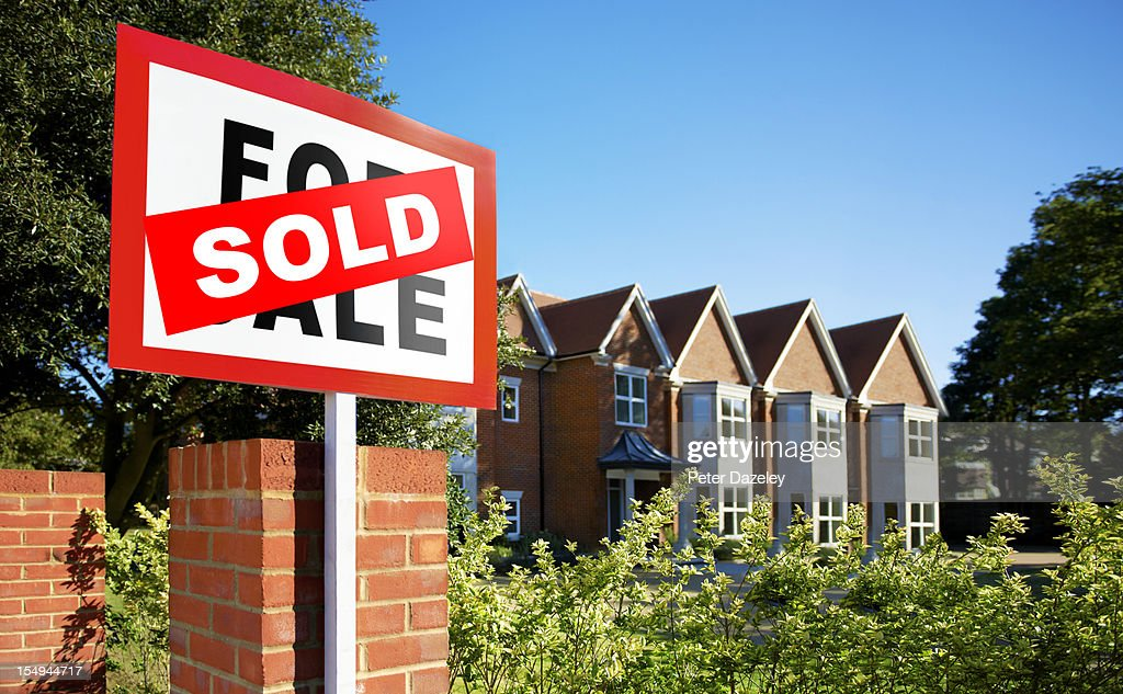 House/flat sold sign : Stock Photo
