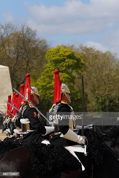 the household cavalry mounted regiment-modifica delle guardie - pejft foto e immagini stock